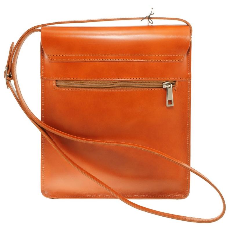 ... kožená menšia unisex koňaková hnedá crossbody kabelka cez rameno Jorge  ... cbd68e0ce79