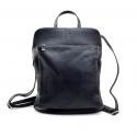 Väčšia moderná tmavo modrá kožená kabelka a batoh 2v1 Aveline 2v1